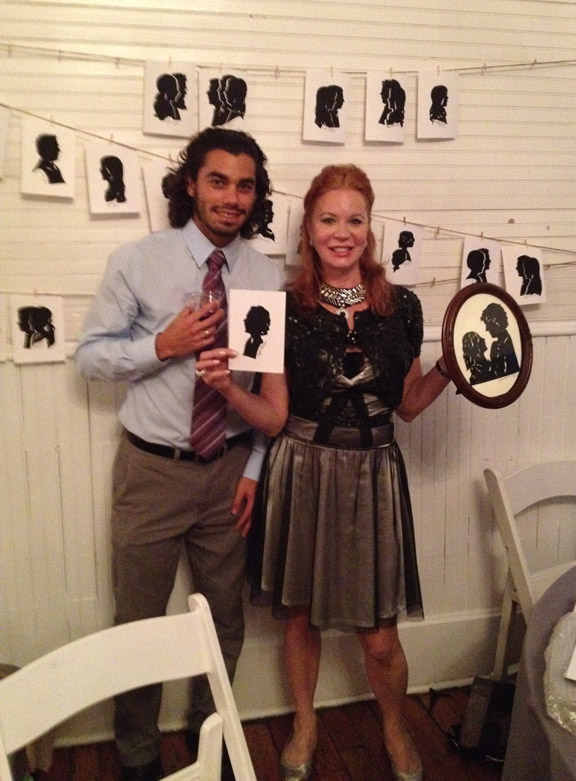 Silhouette Artist Cindi Harwood Rose ranks first in wedding entertainment.