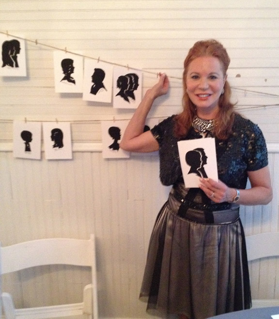 Silhouette Artist Cindi Harwood Rose wedding entertainment.