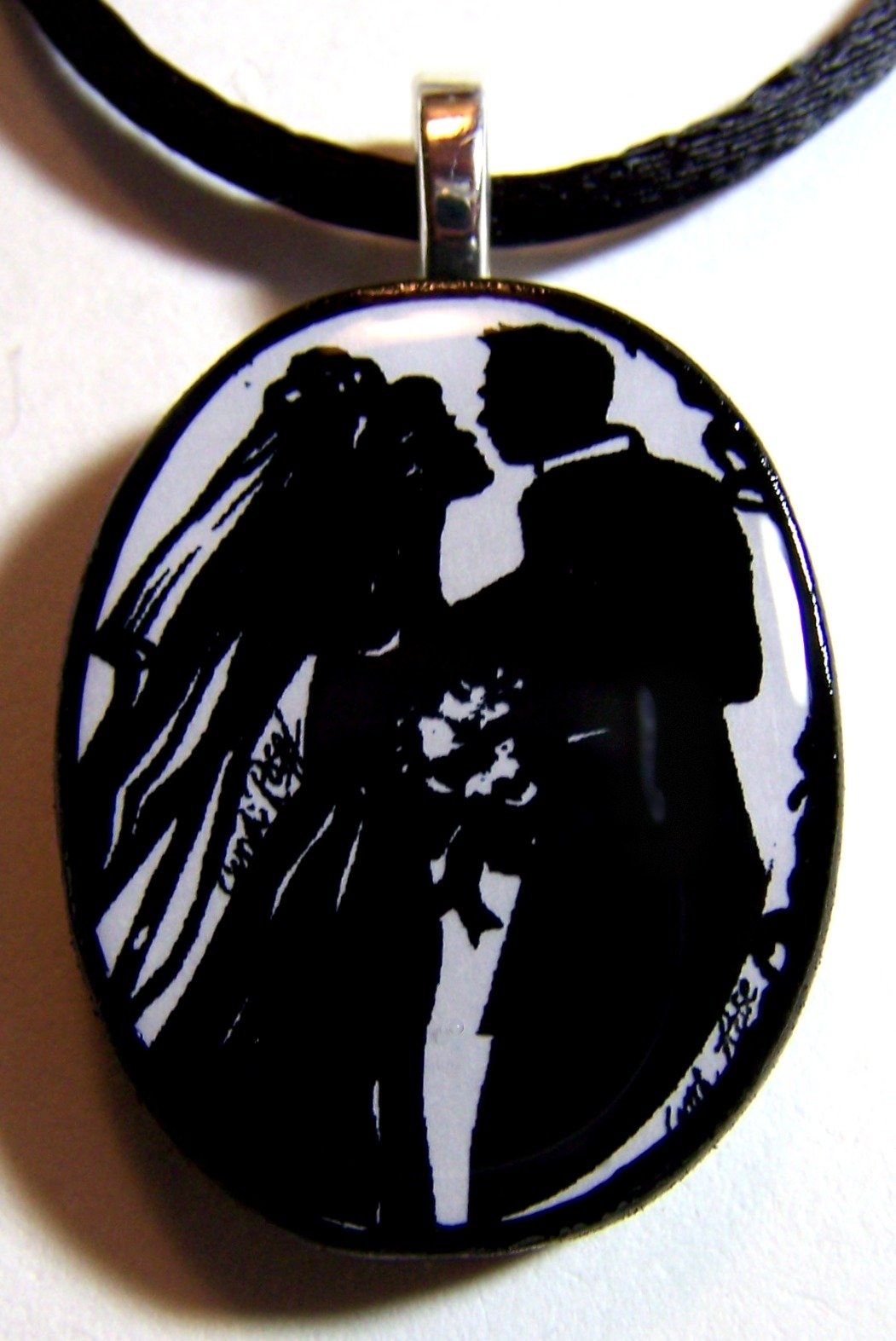 Wedding silhouettes necklaces